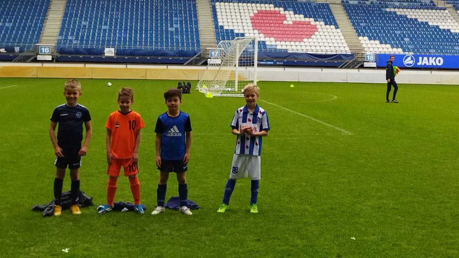 Spelers FC Burgum gespot door SC Cambuur, SC Heerenveen en FC Groningen