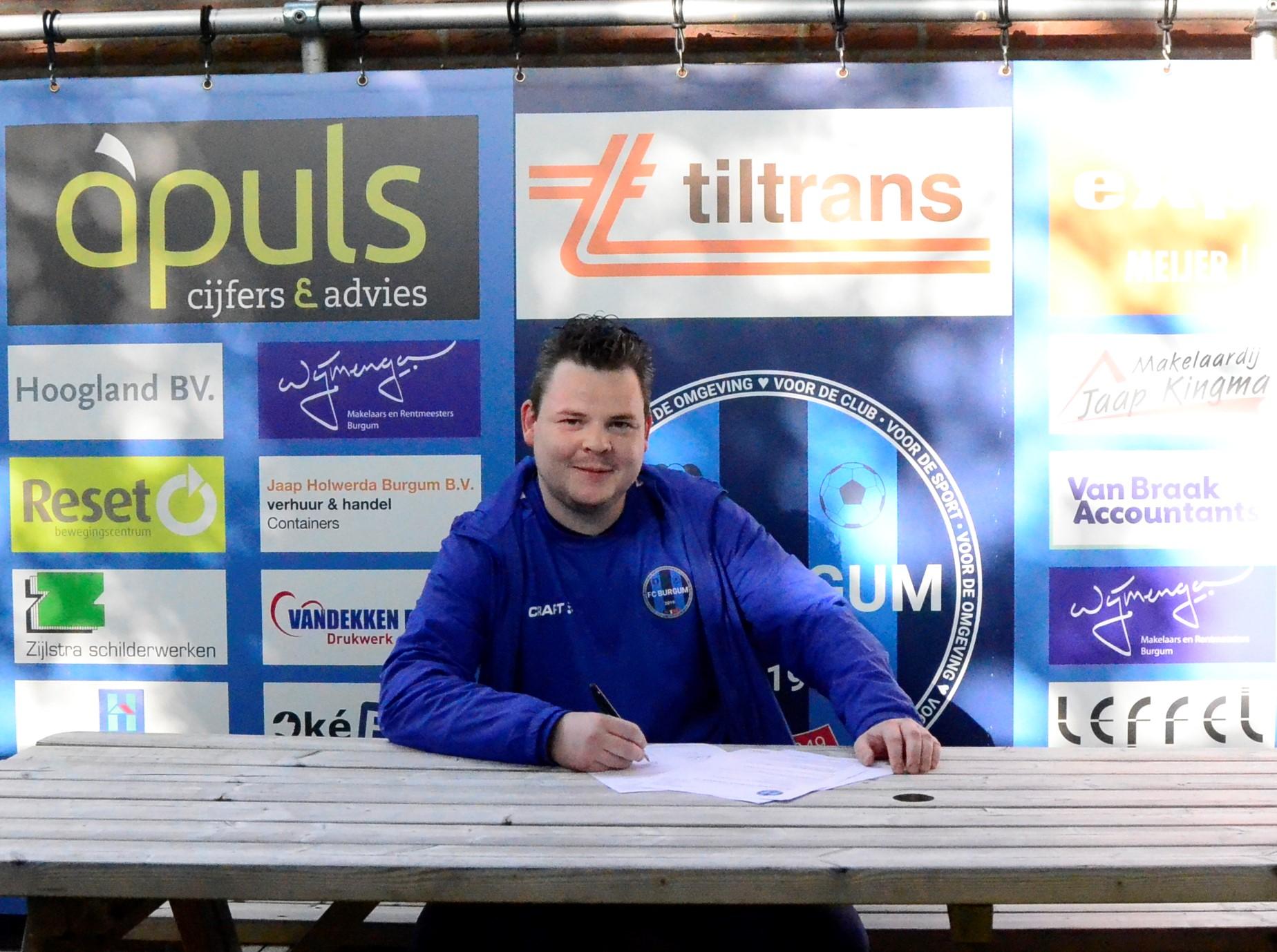 Trainer Stephan Poortman is nog niet klaar bij FC Burgum Vrouwen 1