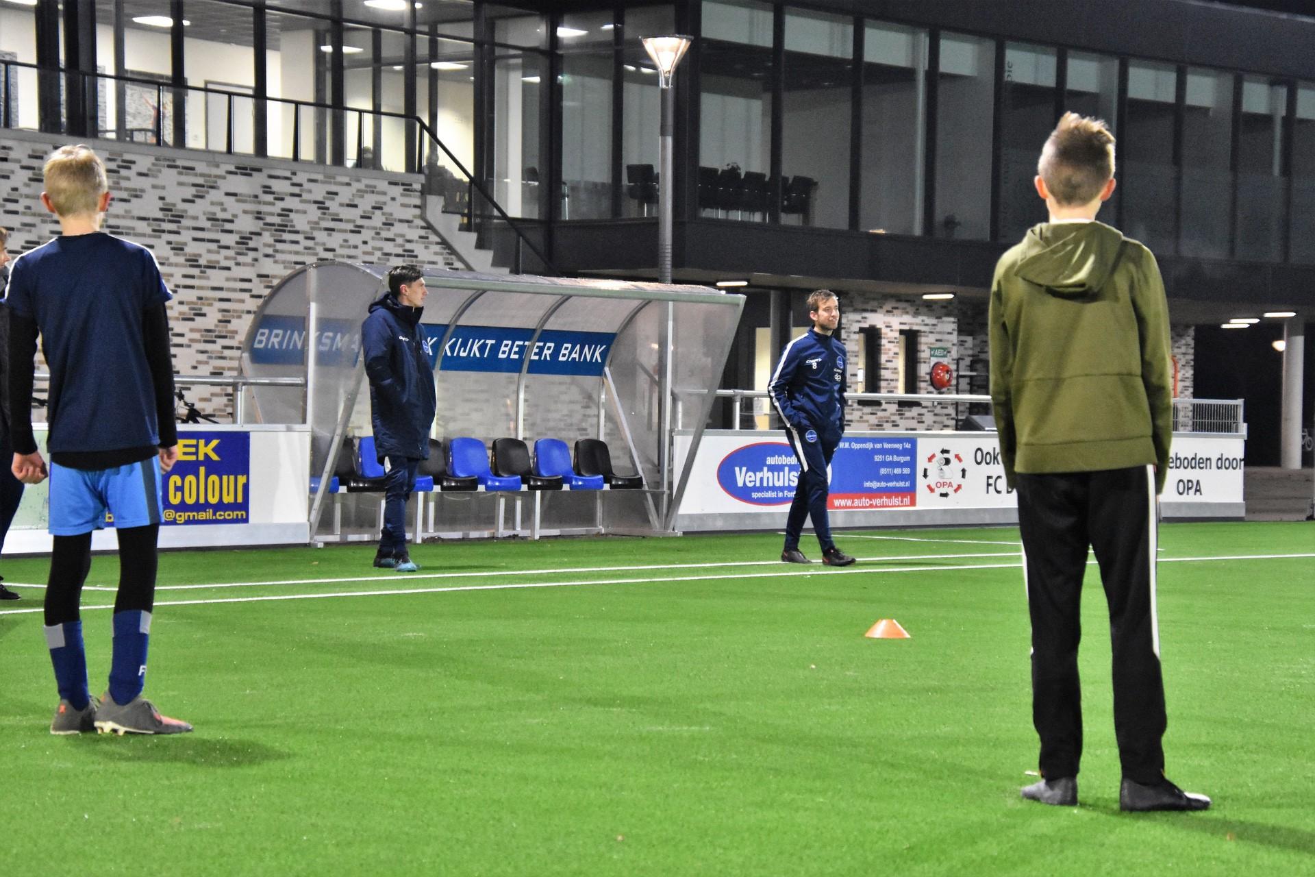 Thematrainingen met medewerking spelers FC Burgum 1