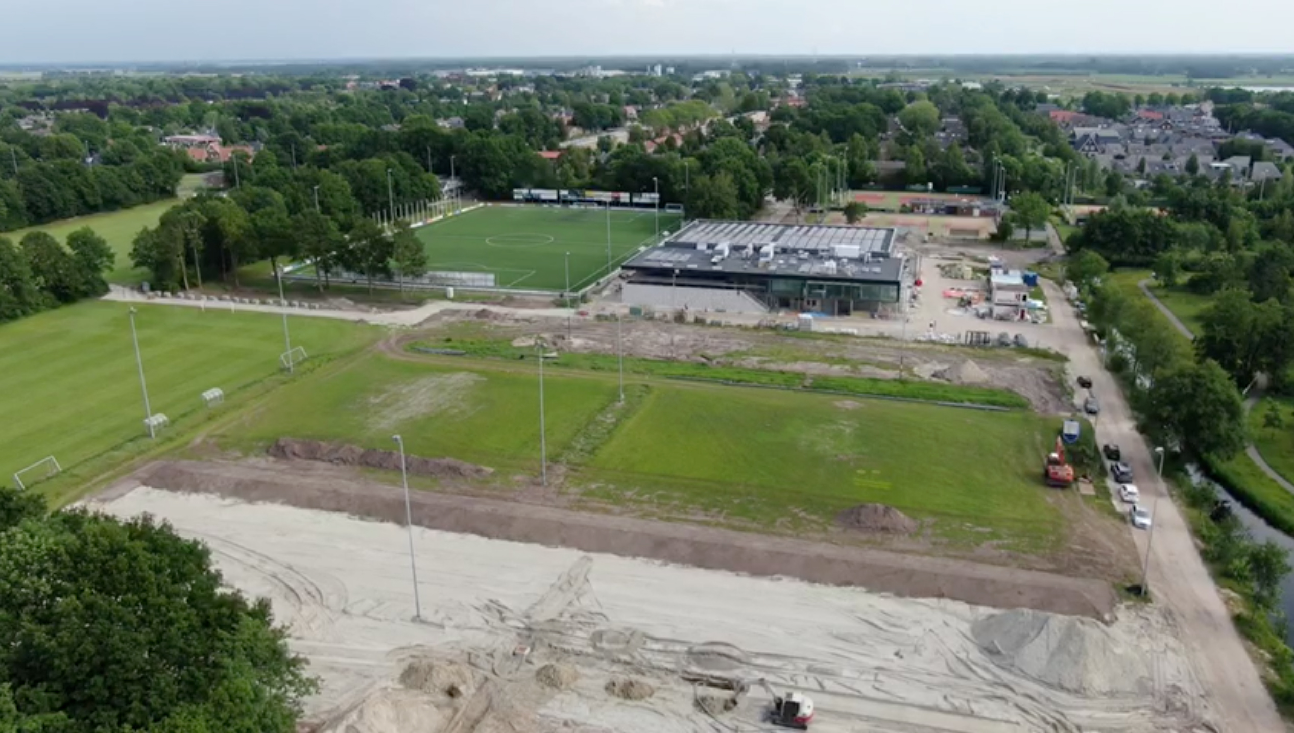 Rondleiding nieuwe sportcafé van de Nije Westermar