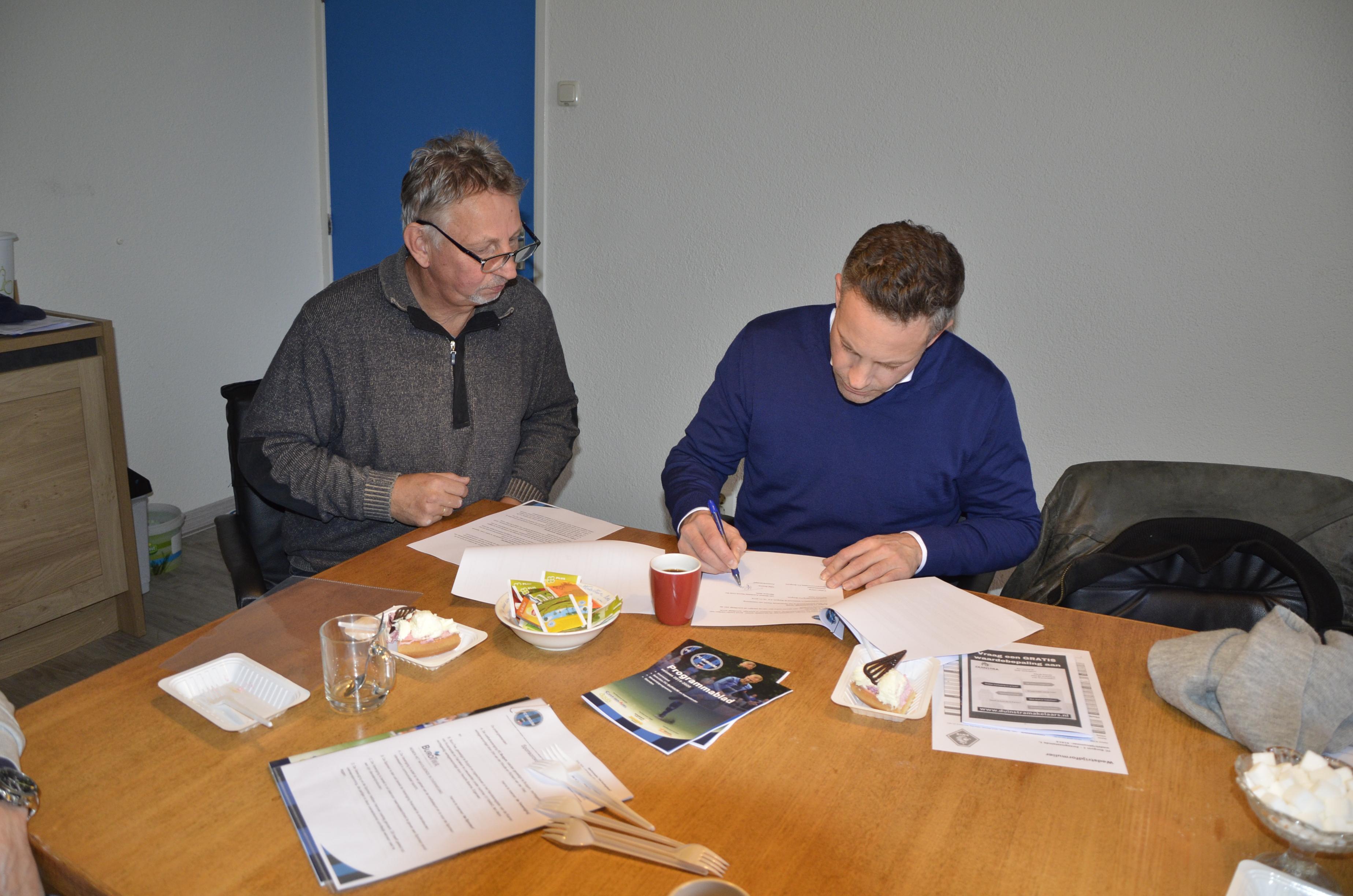 Van Mossel Autolease Noord BV verbindt zich als sponsor aan FC Burgum